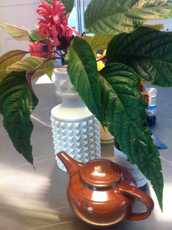 Betty's teapot: ready to pour